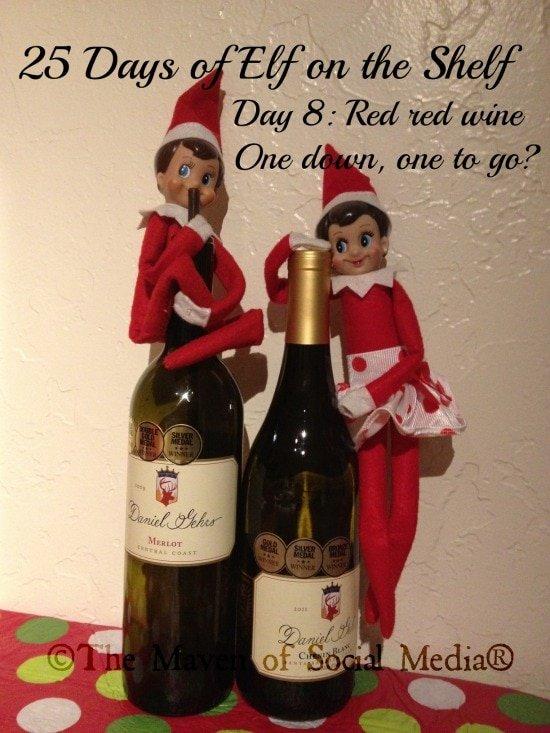 25 Days of Elf on the Shelf – Day 8 #elfontheshelf