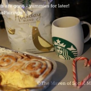 Friends, Starbucks & Cinnamon rolls = #DeliciousPairings #Cbias
