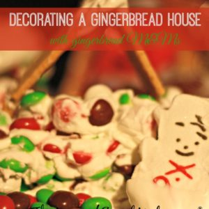 Holiday Craft: Decorating a gingerbread house