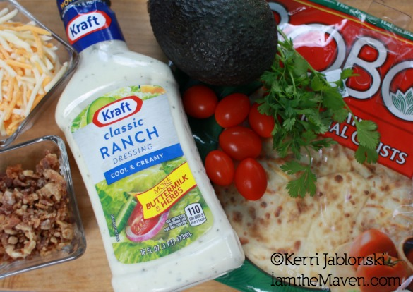 Classic Ranch Dressing and other pizza ingredients #FoodDeservesDelicious #shop
