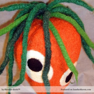 Craft: Knit your own Snooter-doots™ Carrot!