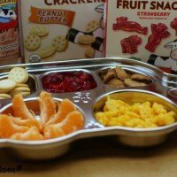 Fun ways to give snacks to kids! #MealtimeSolutions #ad
