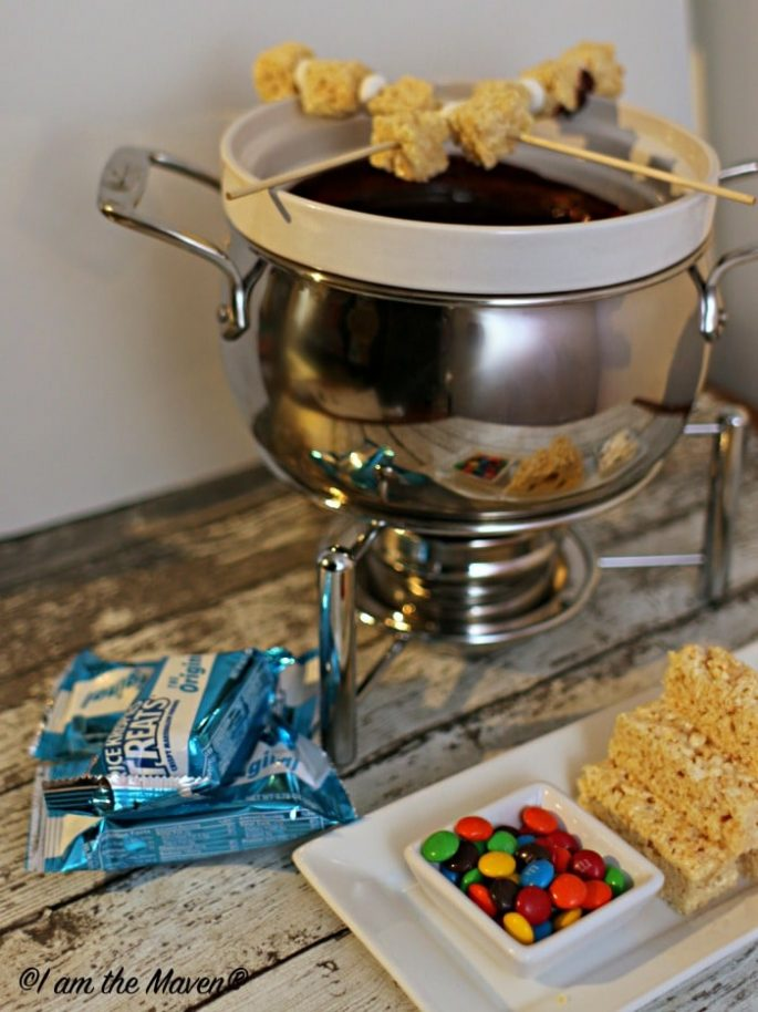 Yum! Mexican Hot Chocolate Fondue and Rice Krispies Treats! #KreateMyHappy #ad