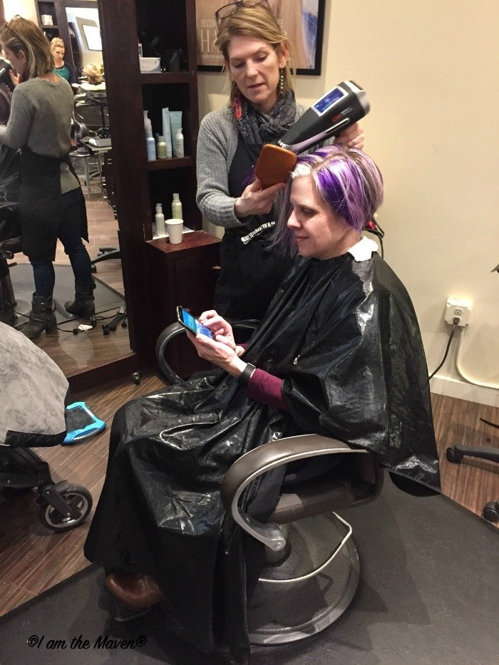 Use your sweet #ChangingPrepaid phone while you get your hair done! #ad