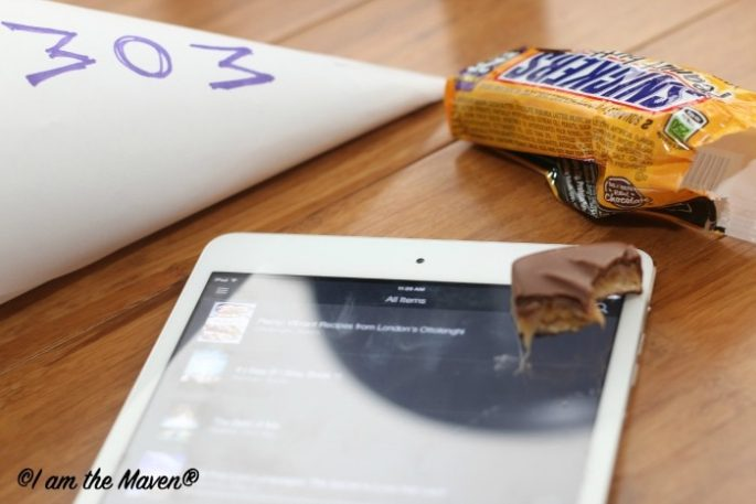 A new Kindle book and a SNICKERS® #WhenImHungry #shop