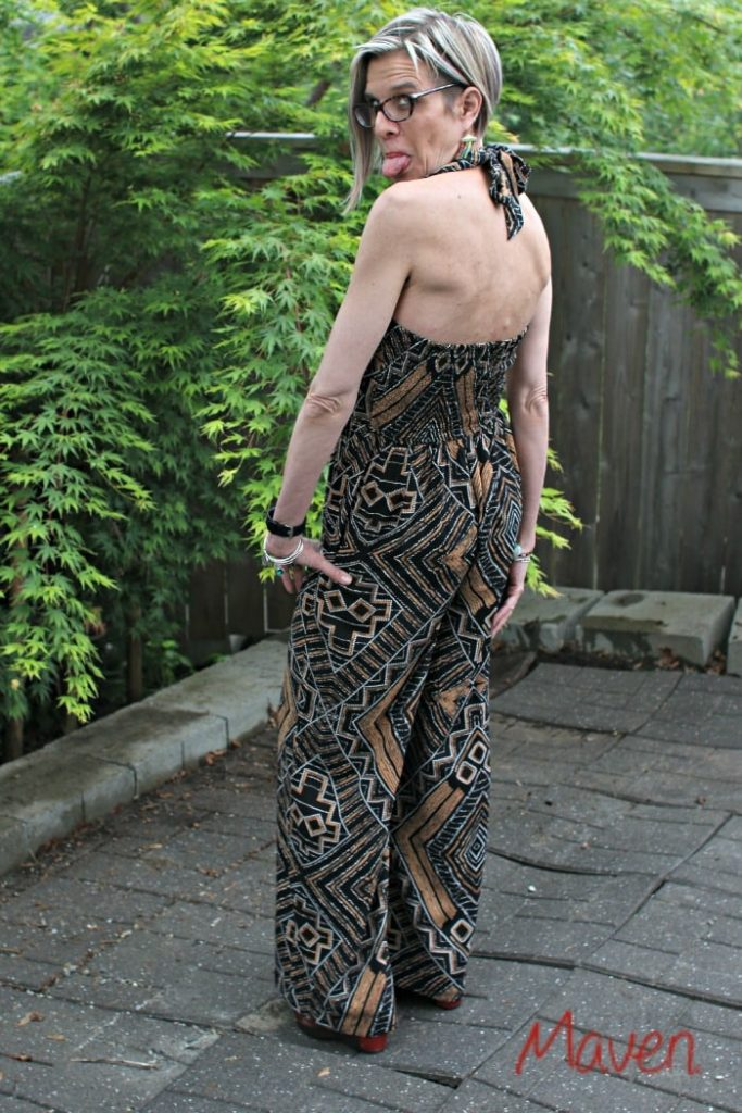 Baring the back! #dressyourbodytype #sponsored