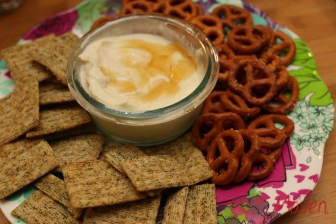 goat-cheese-honey-dip