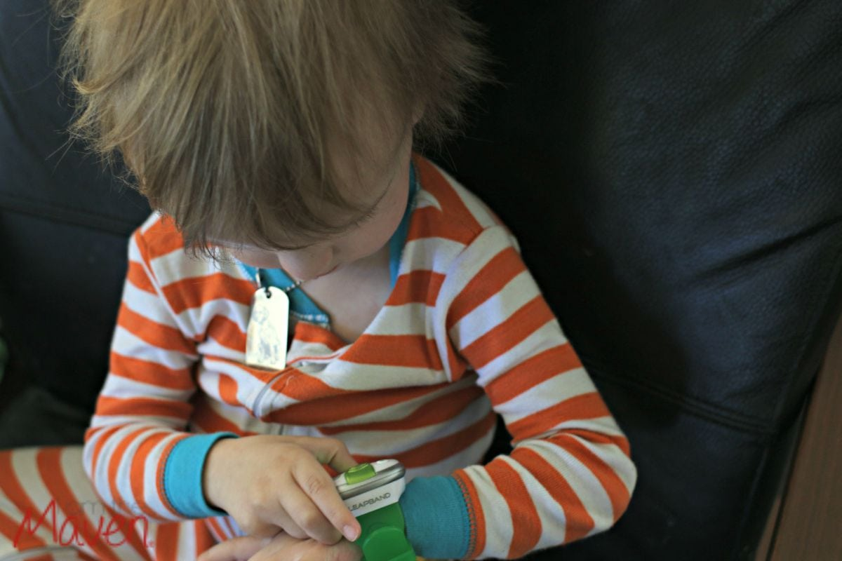 Playing with our new LeapBand!