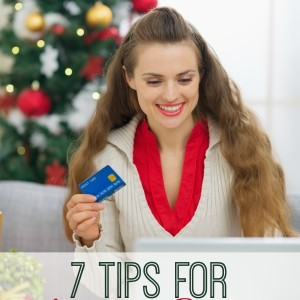 7 Holiday Shopping Tips (and a freebie to keep your data safe!)