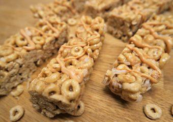 Yummy Star Wars Snacks to enjoy! #FoodAwakens AD