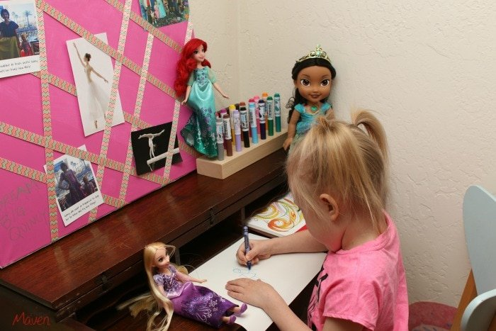This little girl loves art! #DreamBigPrincess #InspireBigDreams AD