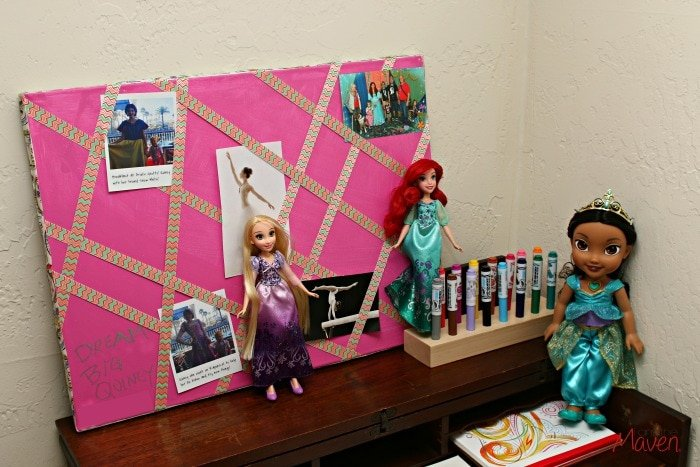 What little girl wouldn't love a Disney Princesses inspired art center? #DreamBigPrincess #InspireBigDreams AD