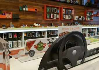 Seattle AT&T: Lincoln Square Store of the Future