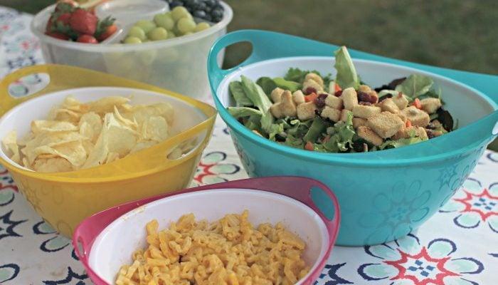 snapware at picnic