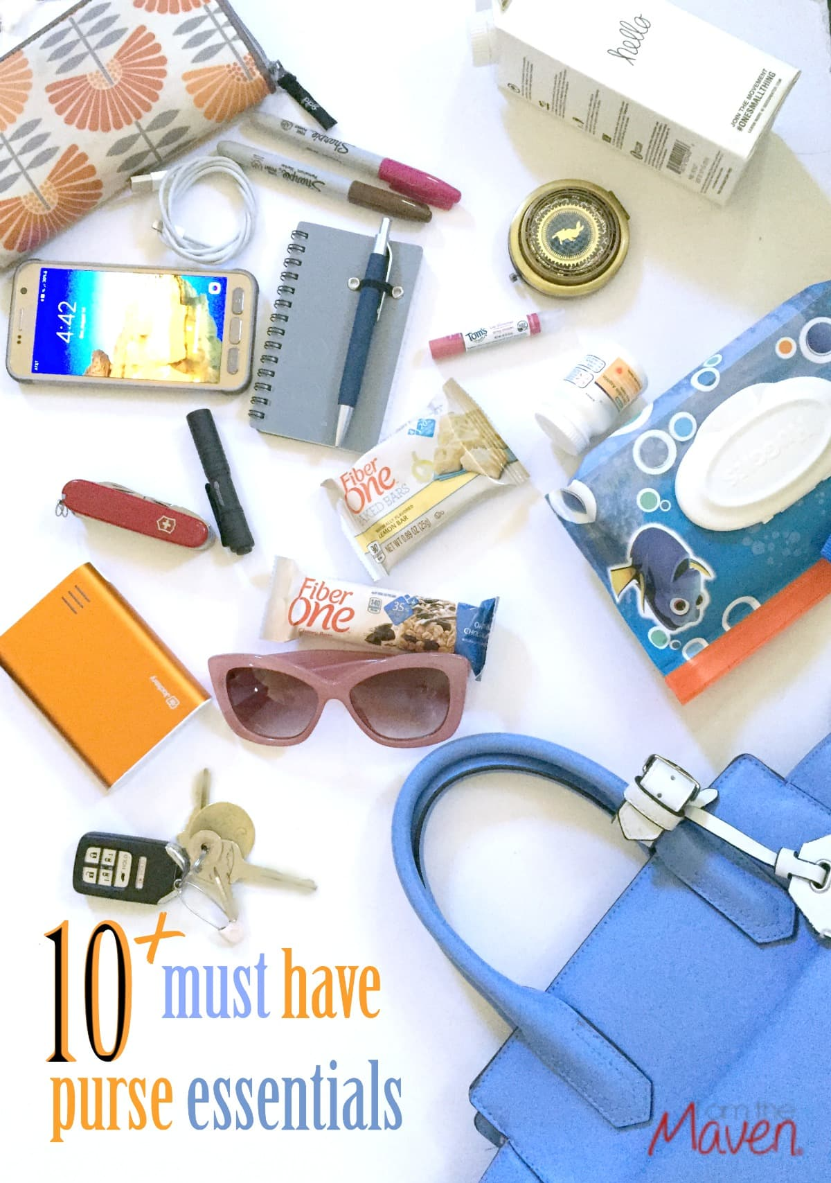 I still have a decent amount of kid and mom must have purse essentials to tackle the day.  I know it sounds like a lot, but really it isn't once you get it all in there.