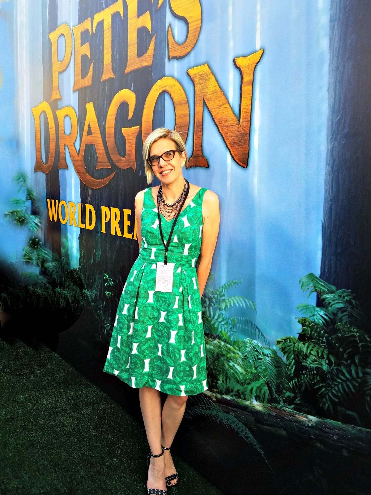 Fashion on the Red Carpet for Pete's Dragon
