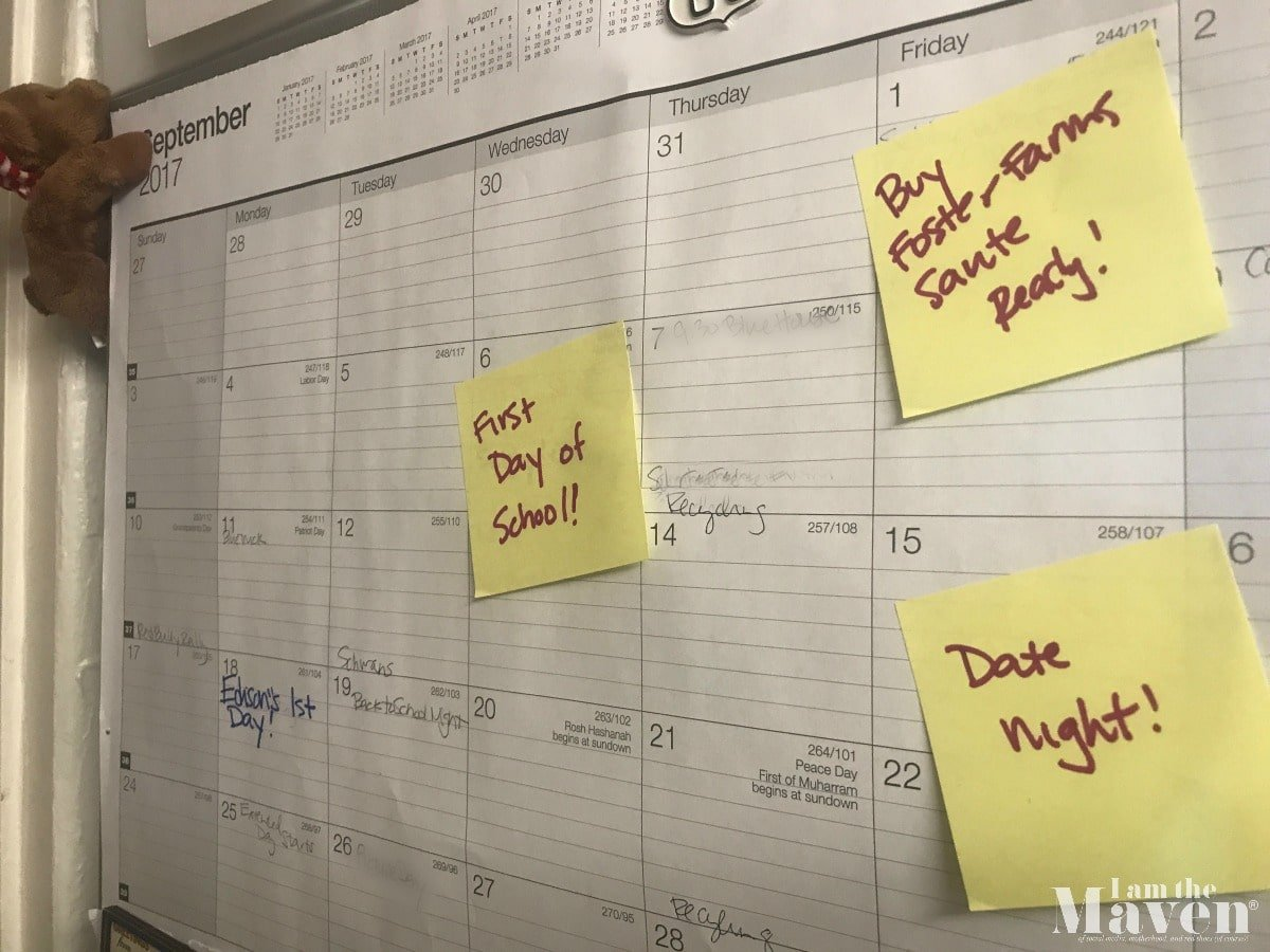 use post its to organize your back to school calendar