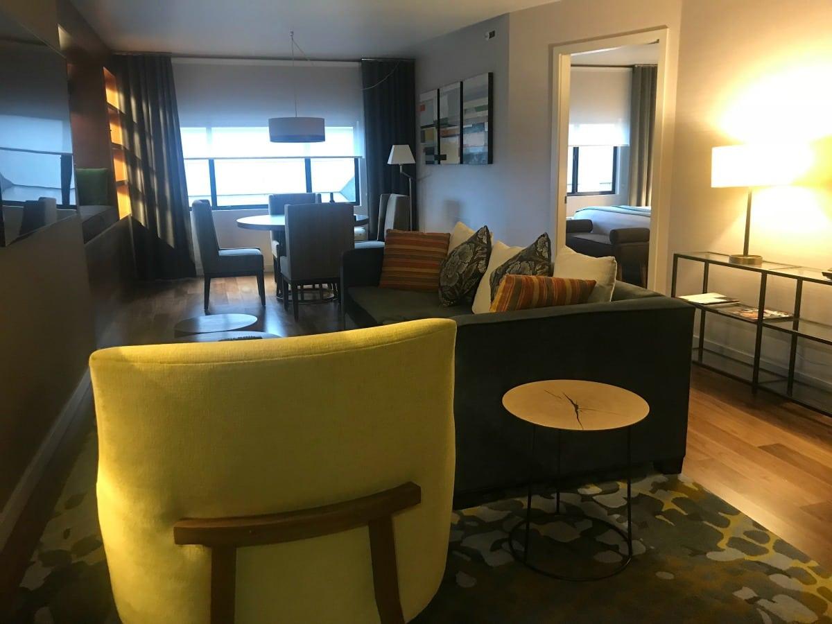 cosmopolitan suite at paramount hotel