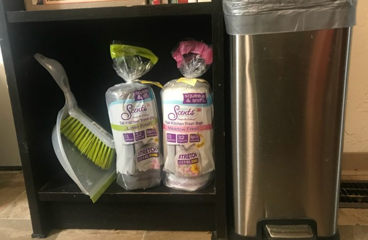 NEW Color Scents Trash Bags help with your summer dinner cleanup today!