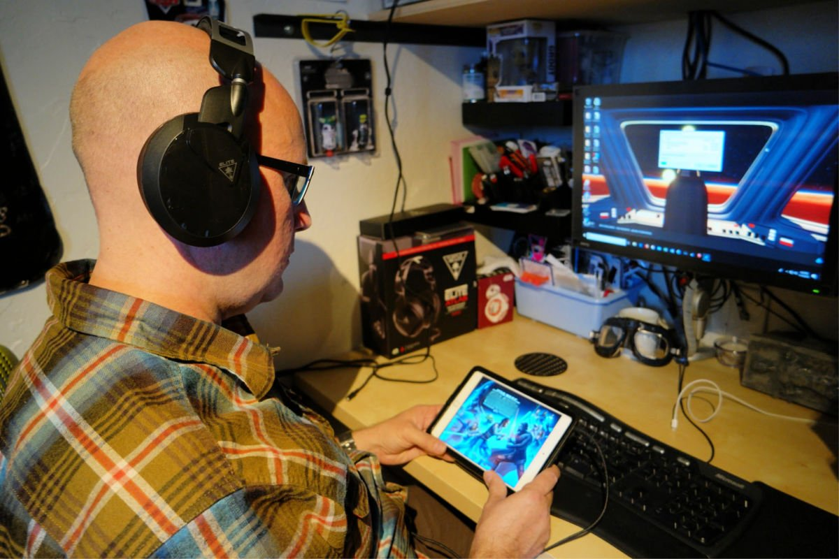 turtle beach with tablet