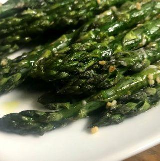 garlic roasted asparagus on a plate