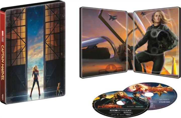 Captain Marvel Steelbook open