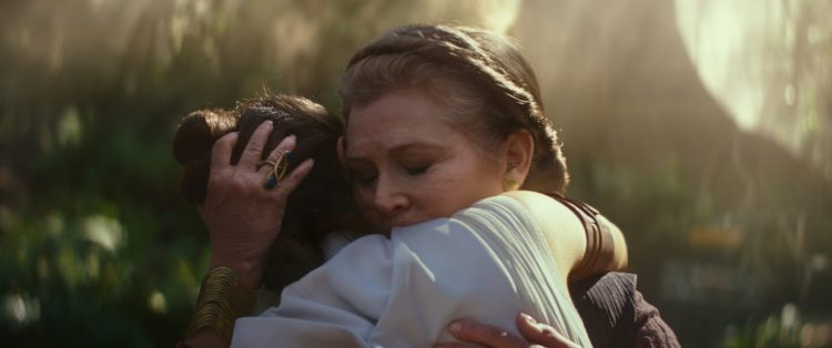 General Leia Organa (Carrie Fisher) and Rey (Daisy Ridley)