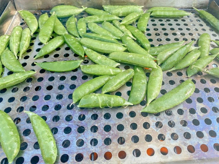 snap peas on grill basket