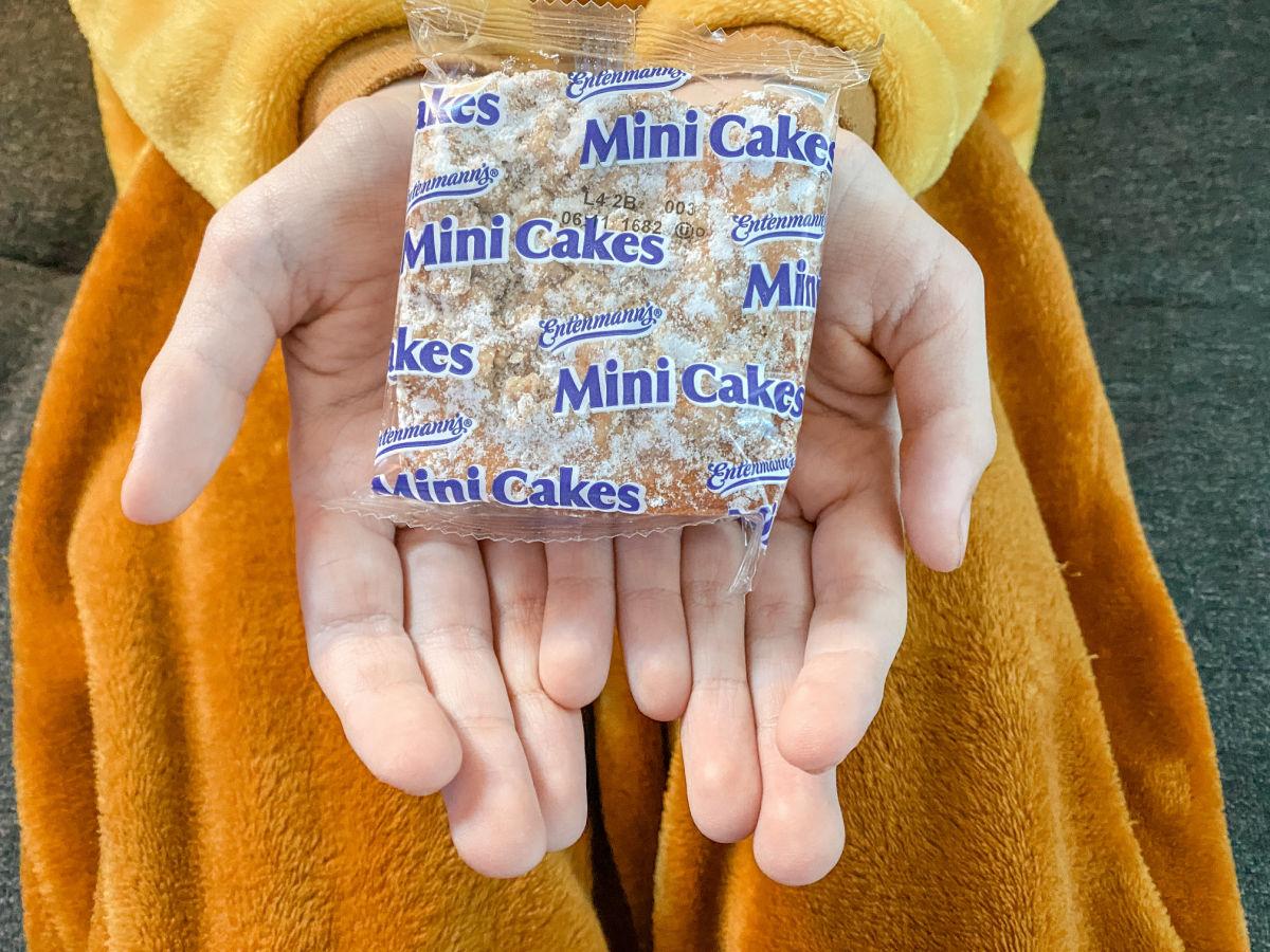 snack cake in boys hand